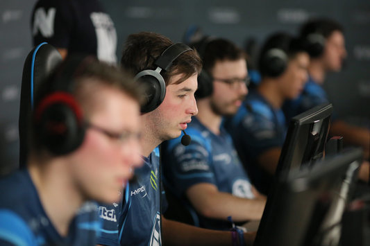 StarSeries S2: EnVyUs advance to Play-off