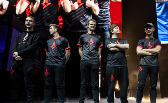 ECS S2: Astralis advance to the finals