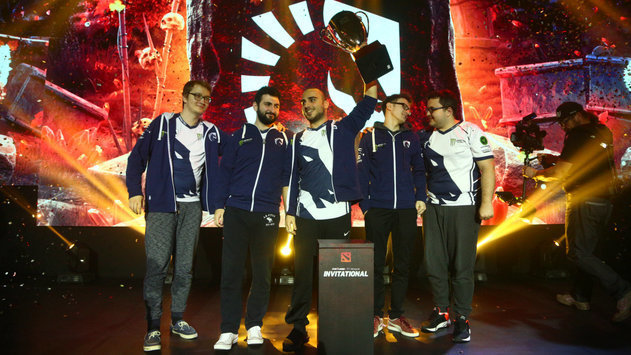 Team Liquid raised a cup of SL i-League Invitational S3