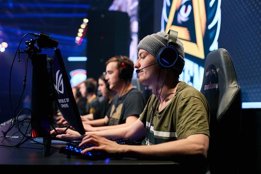 GODSENT прошла отбор на StarSeries i-League S5