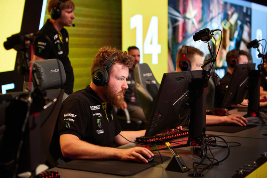Na'Vi to play against BIG in quarterfinals of FACEIT Major