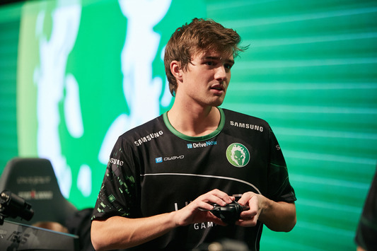 "torben: ""We perform better under the pressure on LANs unlike in online games"""