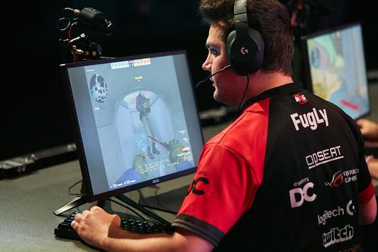 NRG Esports — первый финалист cs_summit 3