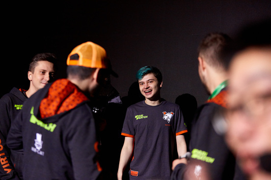 Virtus.pro вышла в финал The Chongqing Major