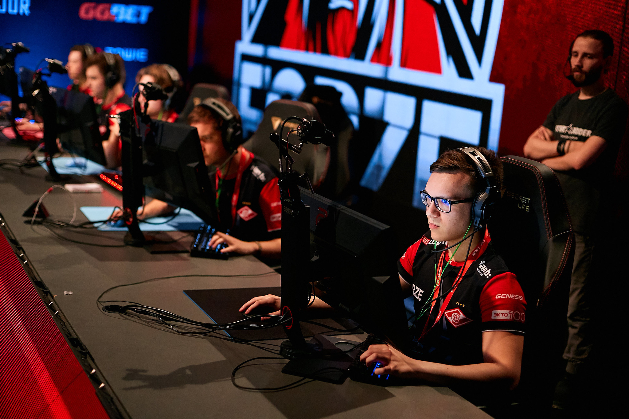 Syman and forZe to face off in UB final at CIS Minor Playoffs