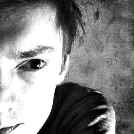 lOVE_IS_MURDER