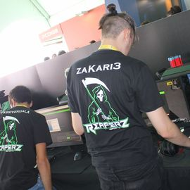 zaKari3